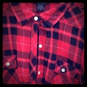 Torrid flannel pattern shirt ! Size 2